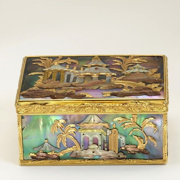 Gold box inlaid with Chinoiserie designs in mother of pearl, Paris