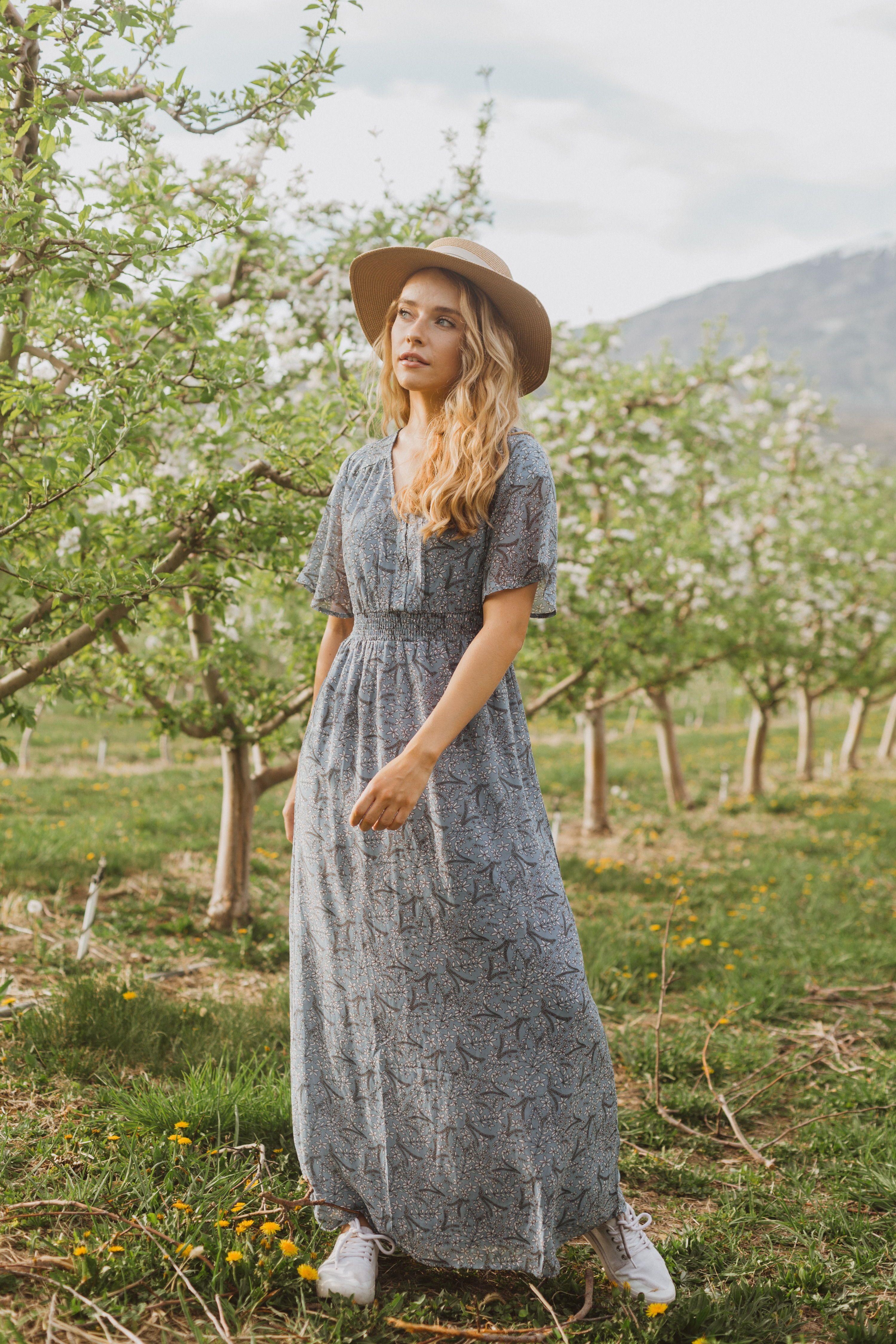 The Liana Floral Smocked Dress In Blue Dresses Smocked Dress Summer Linen Dresses [ 4500 x 3000 Pixel ]