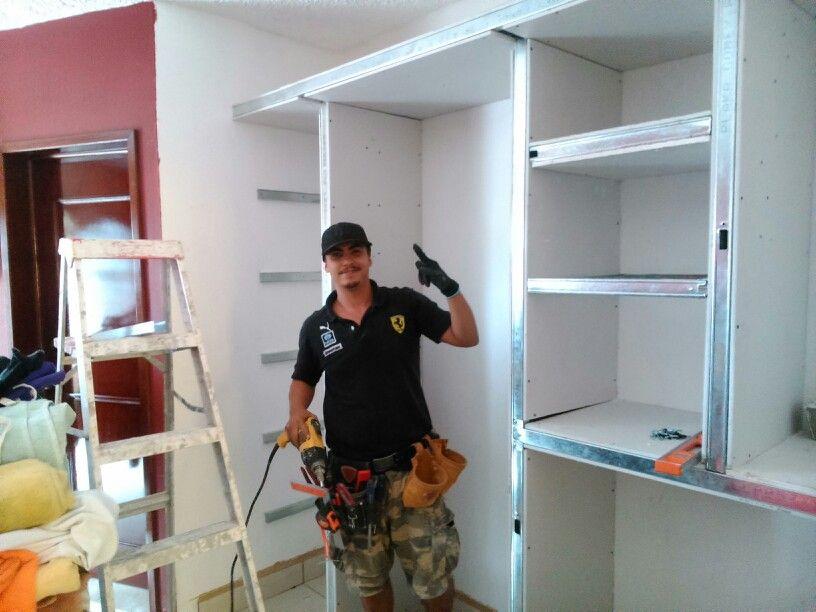 Closet de tablaroca haciendo decoracion pinterest for Decoracion closet en madera