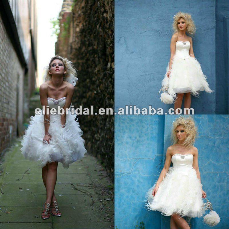 stylish short feather wedding dress | Wedding Ideas | Pinterest ...