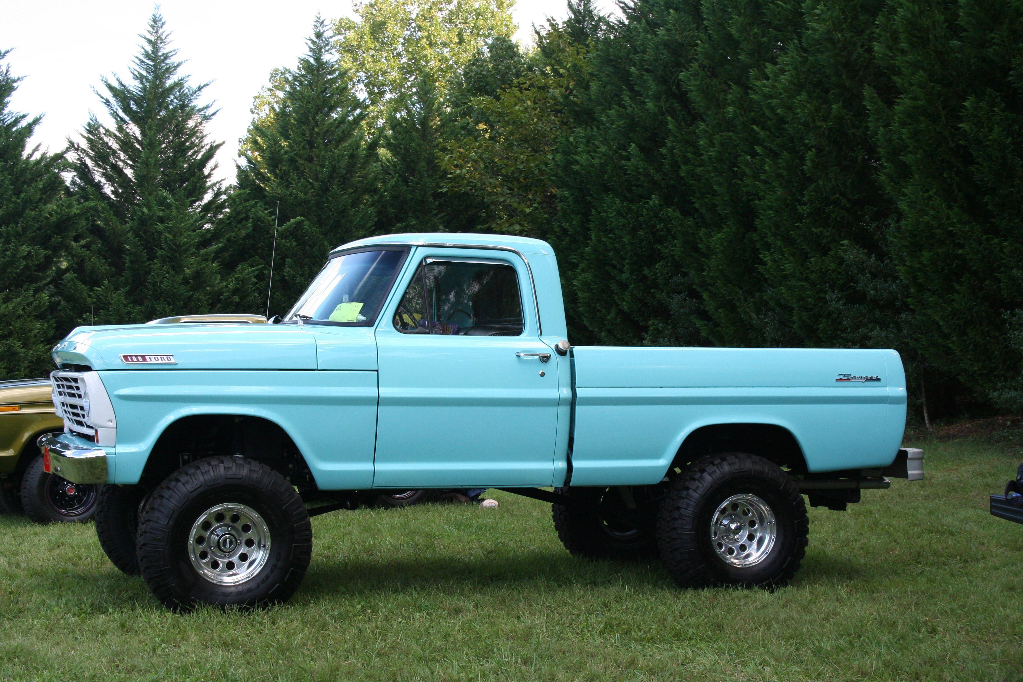 1967 F100 4X4 | TRUCKS | Lifted ford trucks, Old ford ...  1967 F100 4X4 |...