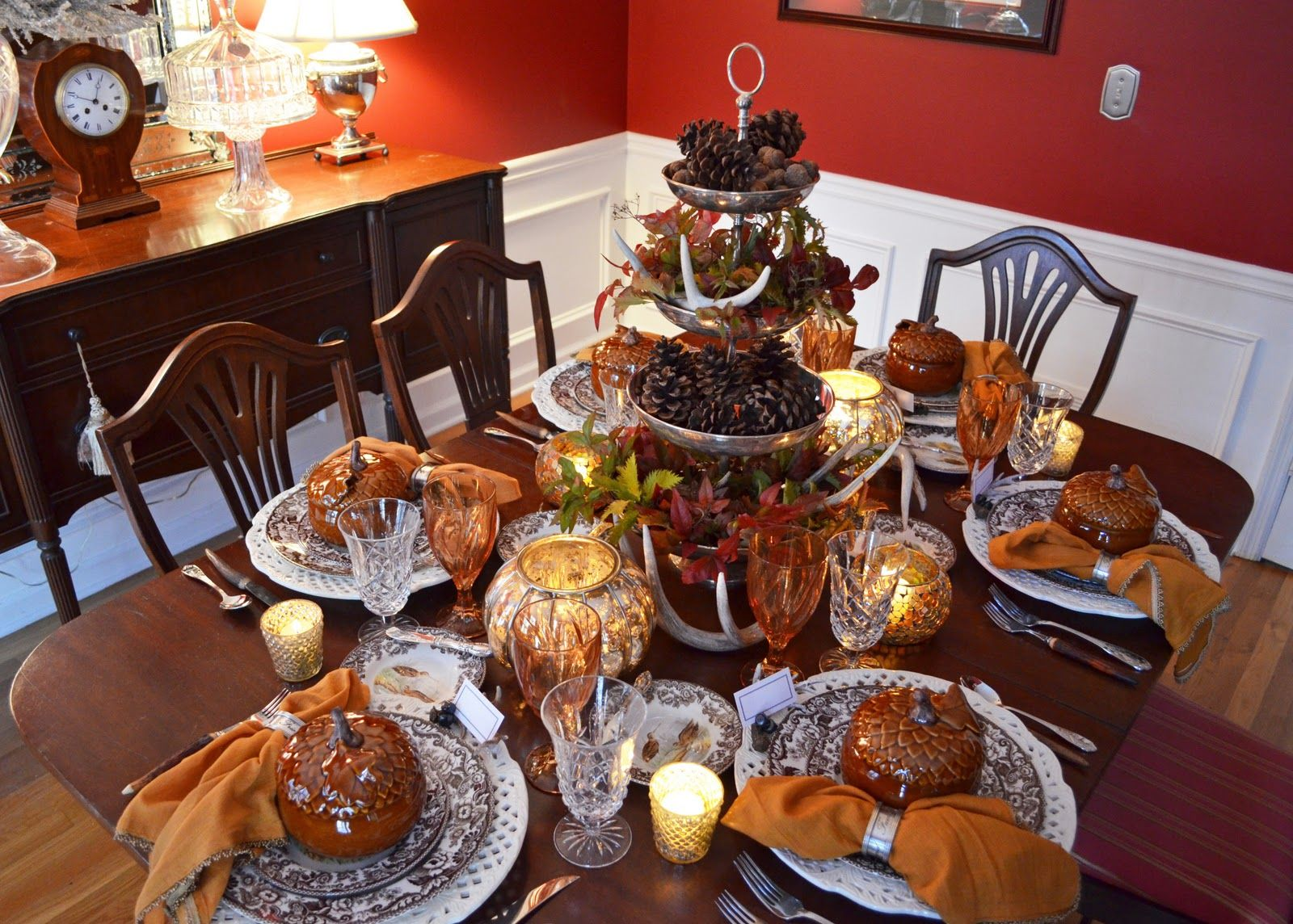 Thanksgiving Table Setting with Nature Themed Centepiece & Thanksgiving Table Setting with Nature Themed Centepiece ...