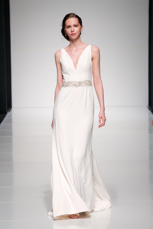 Crepe dress with embellished belt All Alan Hannah dresses