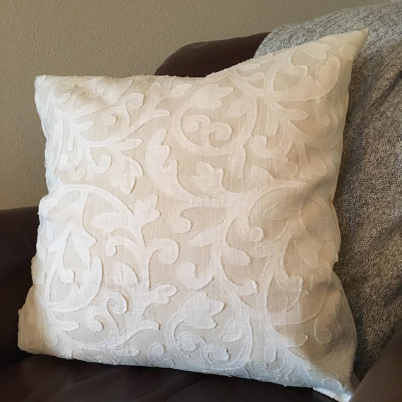 Creamwhite Pillow Cover 121618202224 Inch Pillow Cover Etsy Etsy Pillow Covers White Pillow Covers Pillow Covers