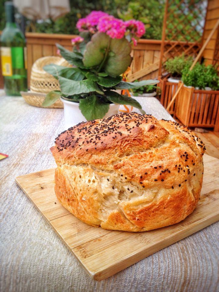 Brot ohne kneten auf www.lustauflebeneben.com - lecker, knusprig, schnell und leicht