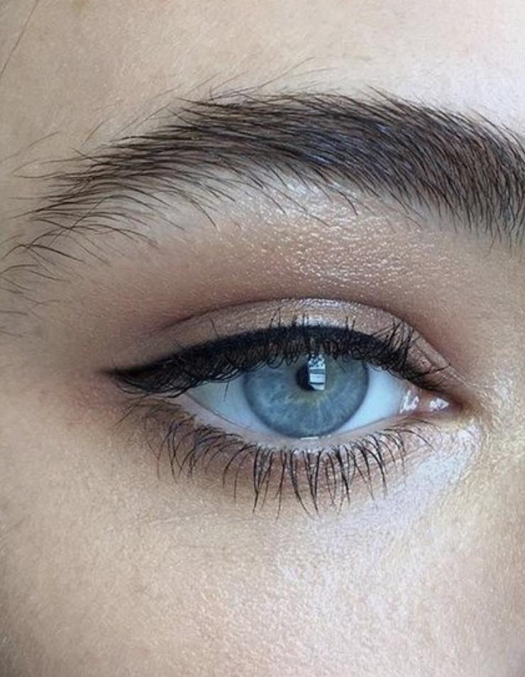 Best Eye Pencil Lines Under Eyes Orange Shimmer