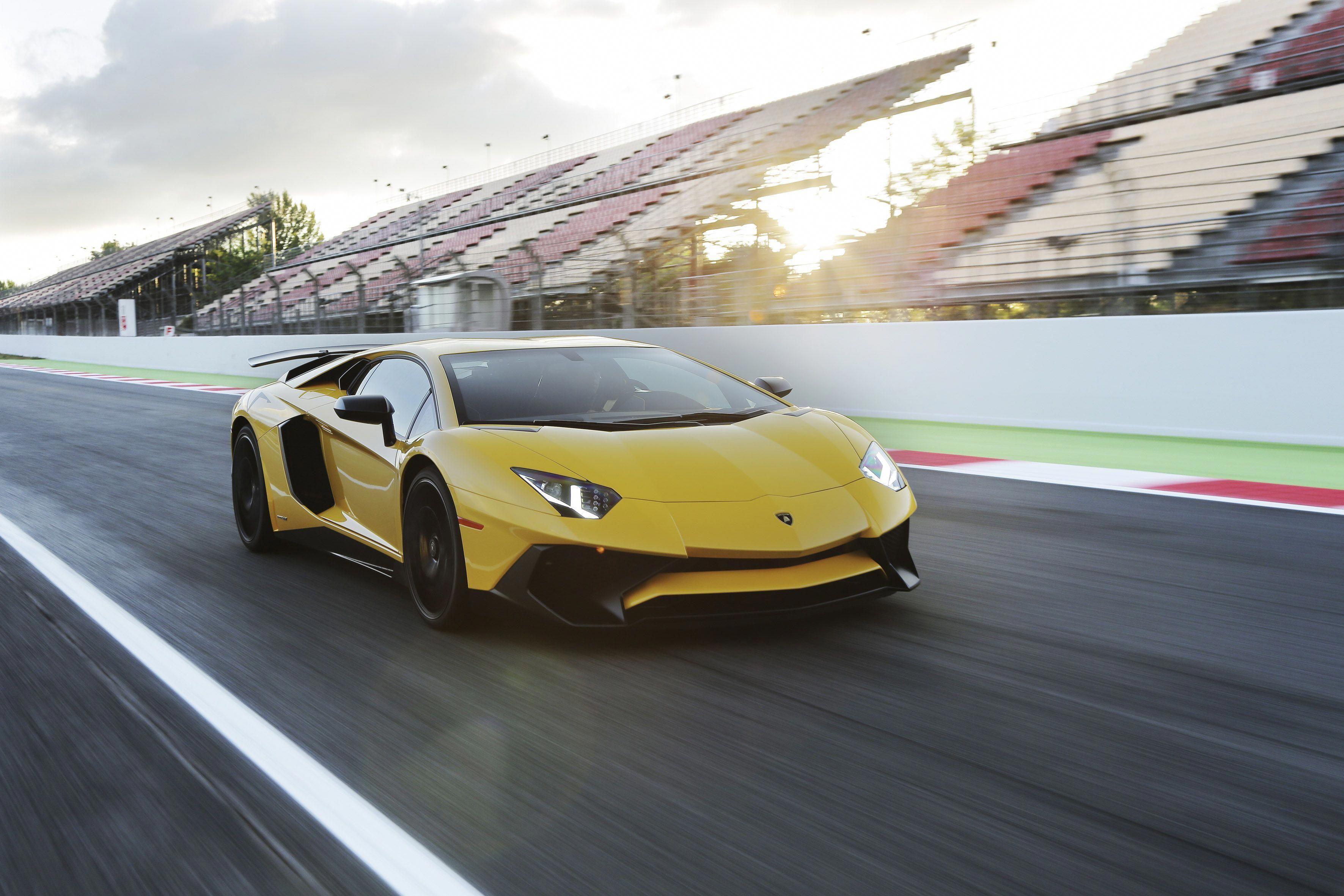 Lamborghini Mit Team Up To Fuel The Future Of Supercars Roadshow Thefast Theluxurious Lamborghini Aventador