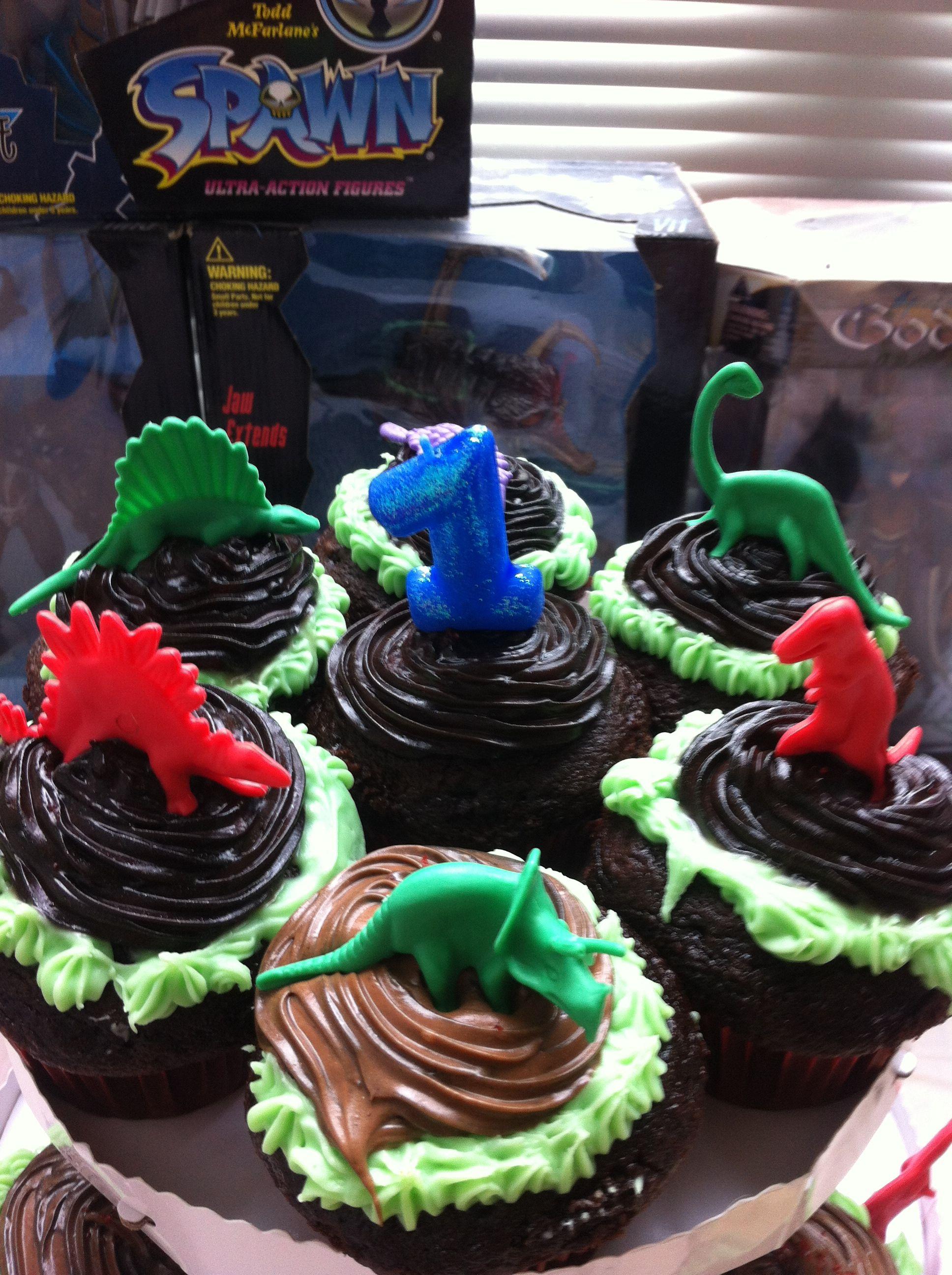 Chocolate dinosaur cupcakes dinosaur cupcakes desserts