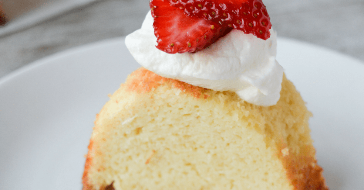 Keto Vanilla Pound Cake Recipe Keto Approved Foods Keto Keto Diet Drinks