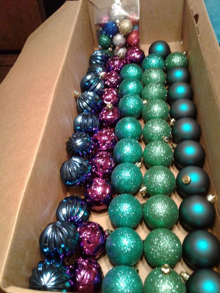 Next time youre at hobby lobby buy a large container of christmas this is going viral on pinterest ad solutioingenieria Gallery