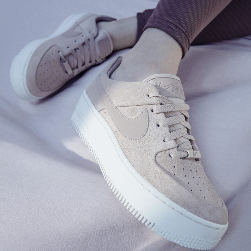 f7cb9151043605 Nike Air Force 1 Sage Low Women s Shoe - Cream