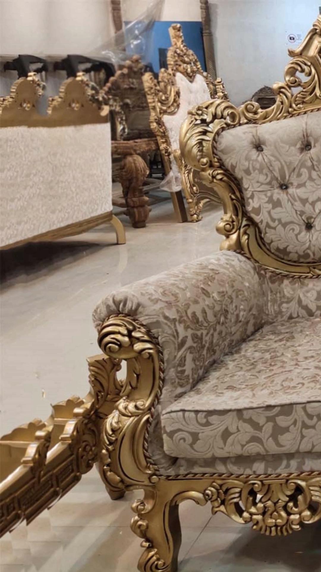 Antique Gold Maharaja Style Sofa Set Aarsun Aarsun Antique Gold Maharaja Set Sofa Style In 2020 Wooden Sofa Set Sofa Set Furniture Design