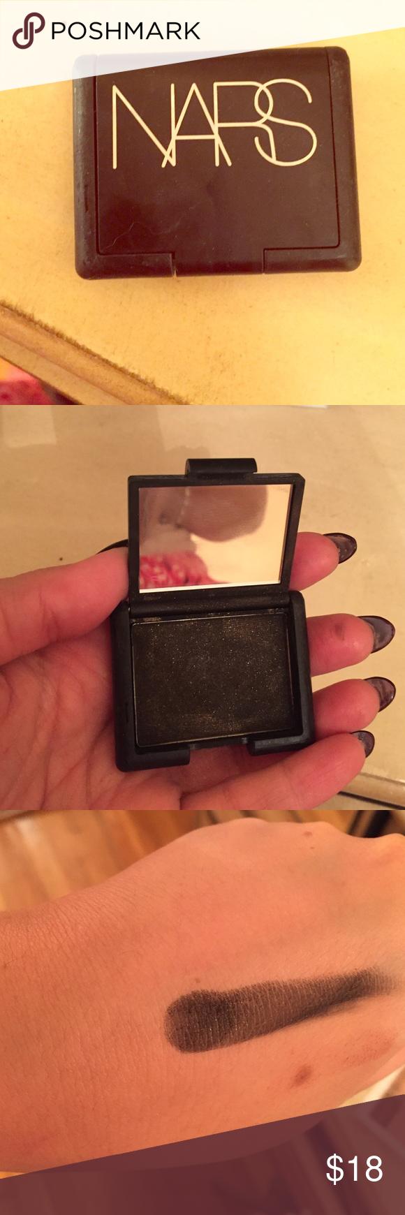NARS nightclubbing eyeshadow used 2x! Black/gold NARS nightclubbing eyeshadow used 2x! Black/gold glitter NARS Makeup Eyeshadow