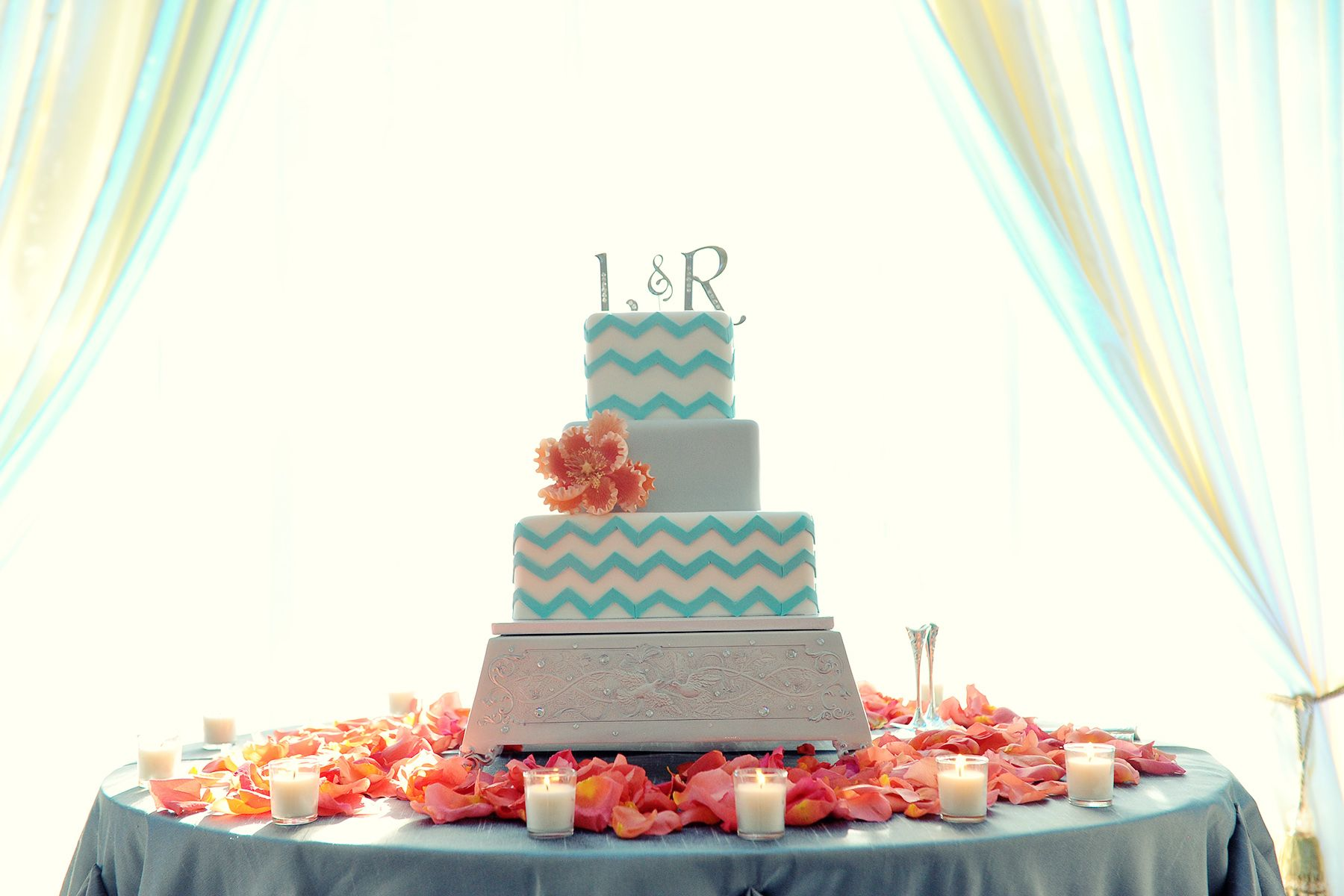 blue and coral wedding centerpieces - Google Search | Wedding ...