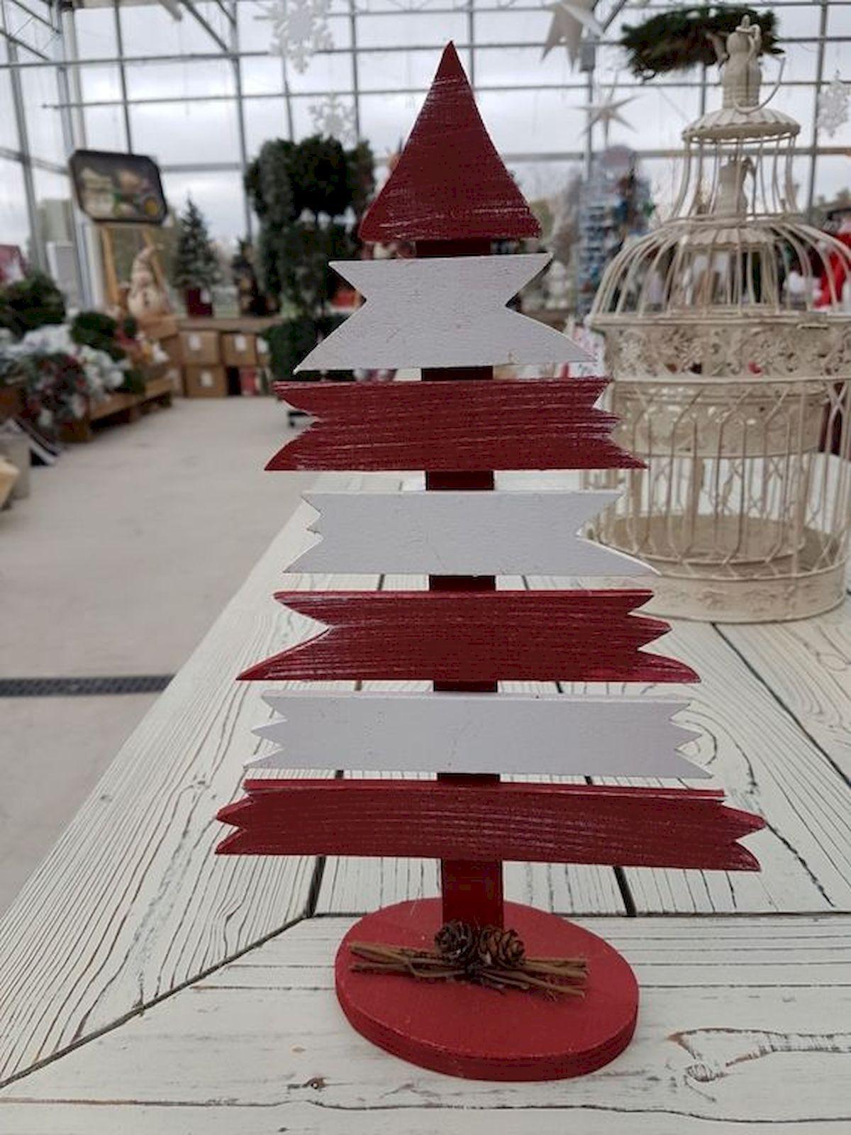 30 Rustic And Vintage Christmas Tree Decor Ideas