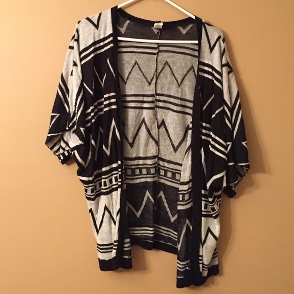 Aztec Cardigan Nice open cardigan perfect for spring WINDSOR Sweaters Cardigans