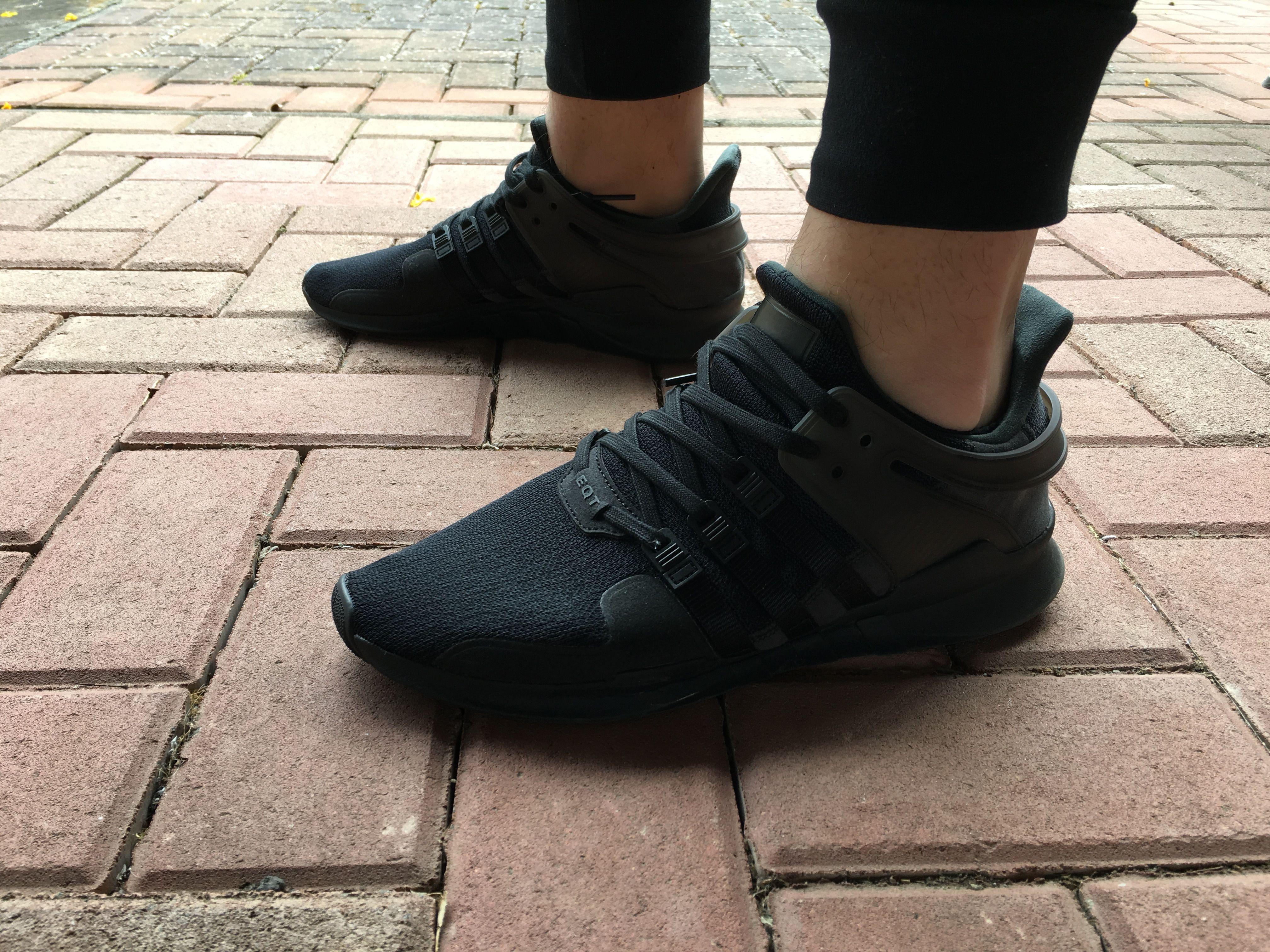 Adidas eqt appoggio avanzata (nero / nucleo nero / turbo), scarpe di gruppo