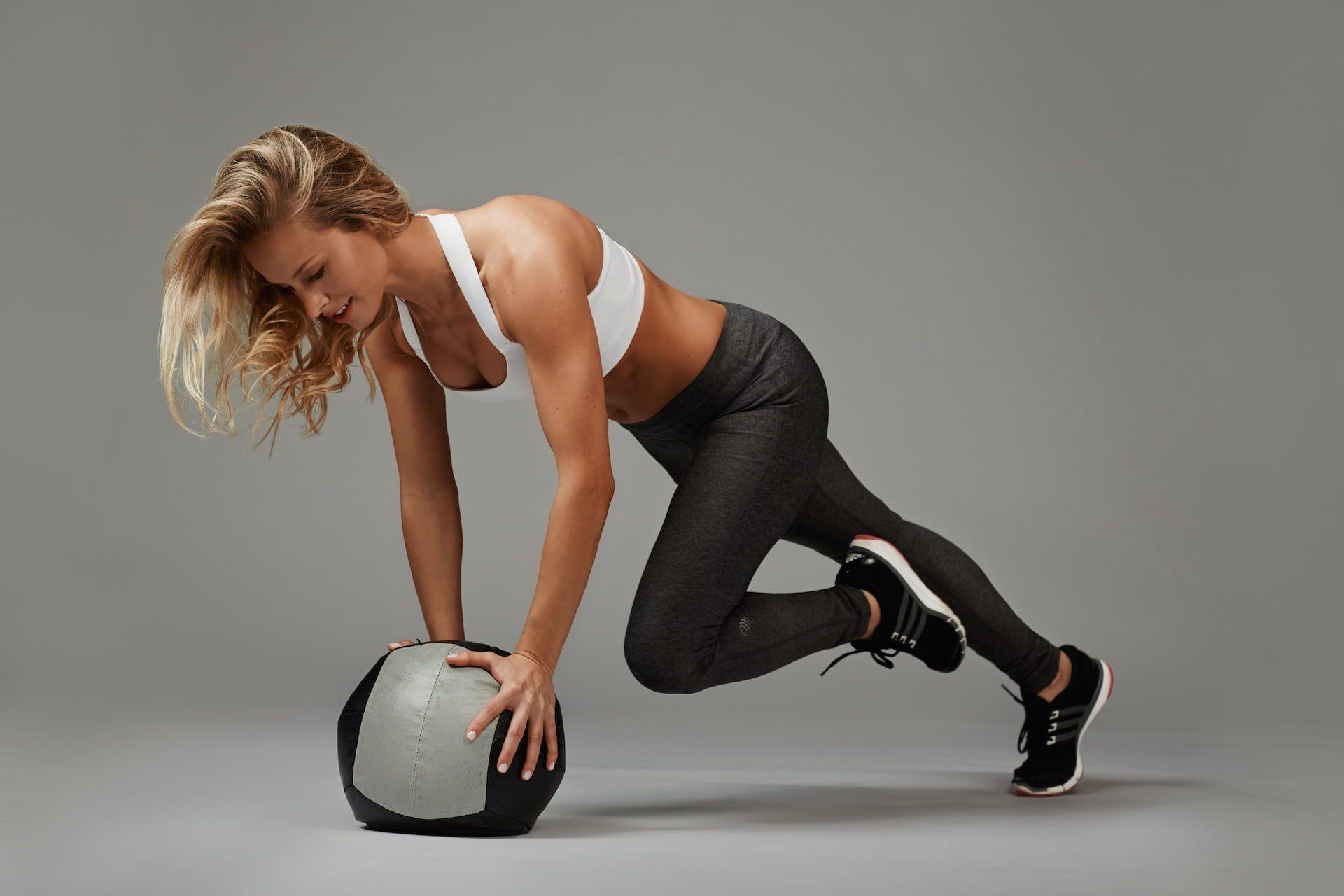 #woman #ball #female #workout #fitness #training #1080P #wallpaper #hdwallpaper #desktop