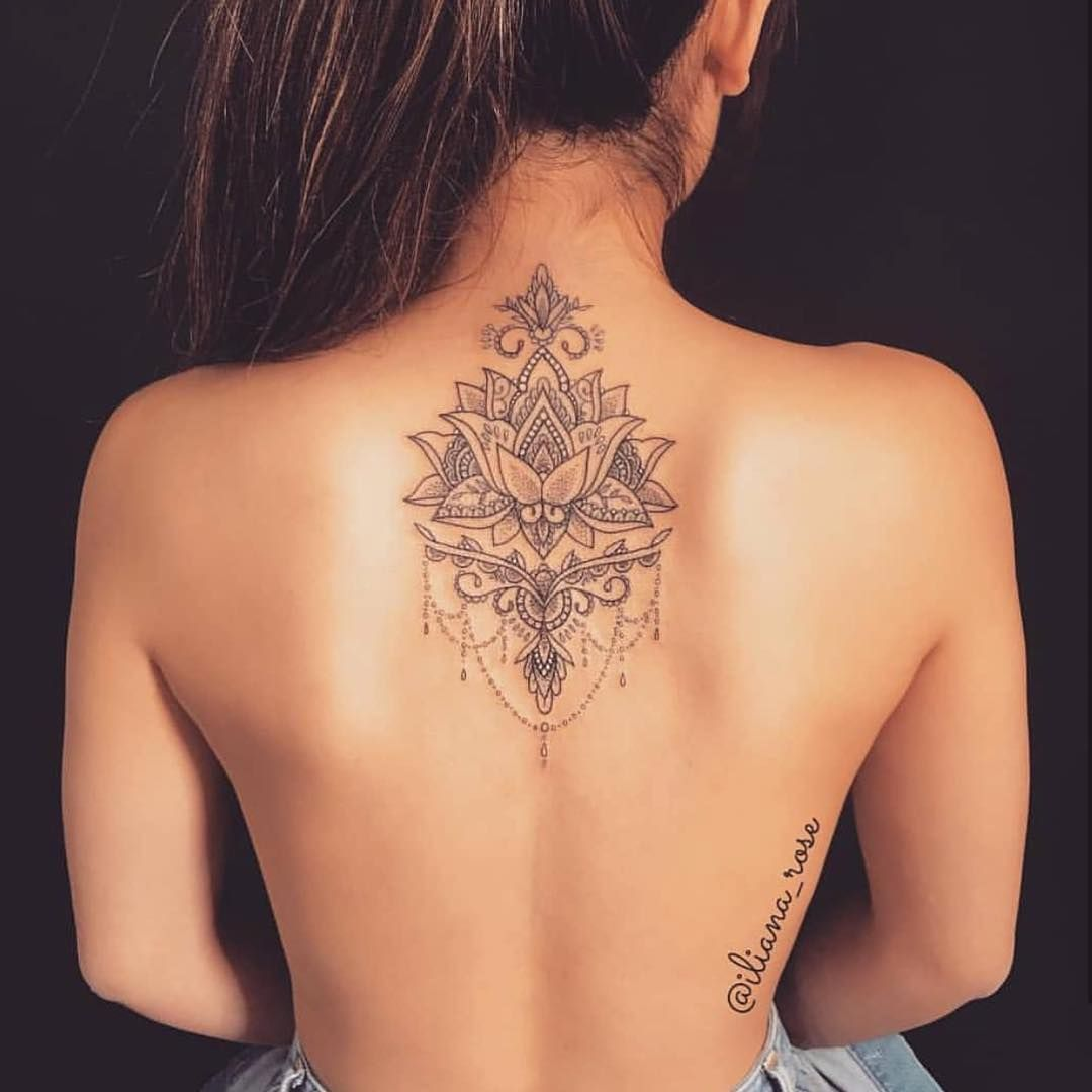 "Photo of Tattoos on Instagram: ""This back piece 😍💧 Follow us @tattooinkspiration for more! – Artist: @iliana_rose"""
