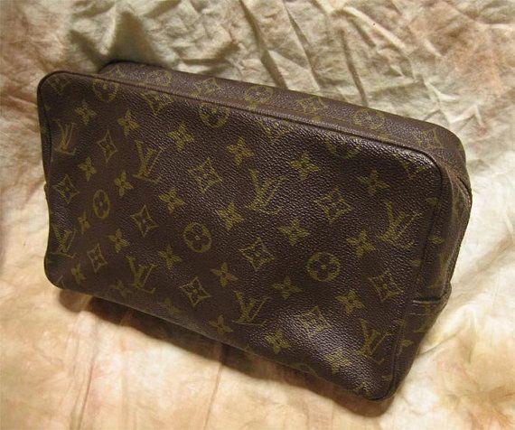 5e33b96cc4 Louis Vuitton / Vintage Clutch Bag with ECLAIR zipper (purse ...