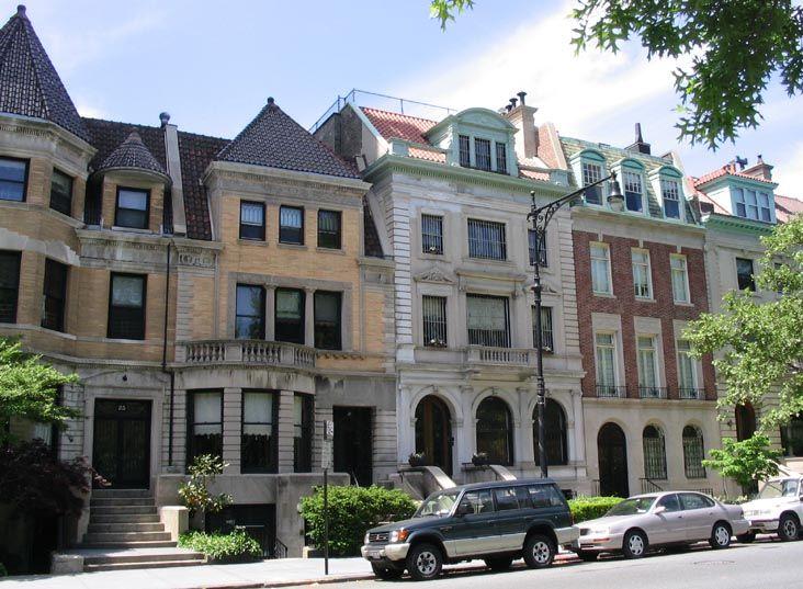 A Walk Down Prospect Park West In Park Slope Brooklyn Prospect Park Brooklyn Rental Apartments