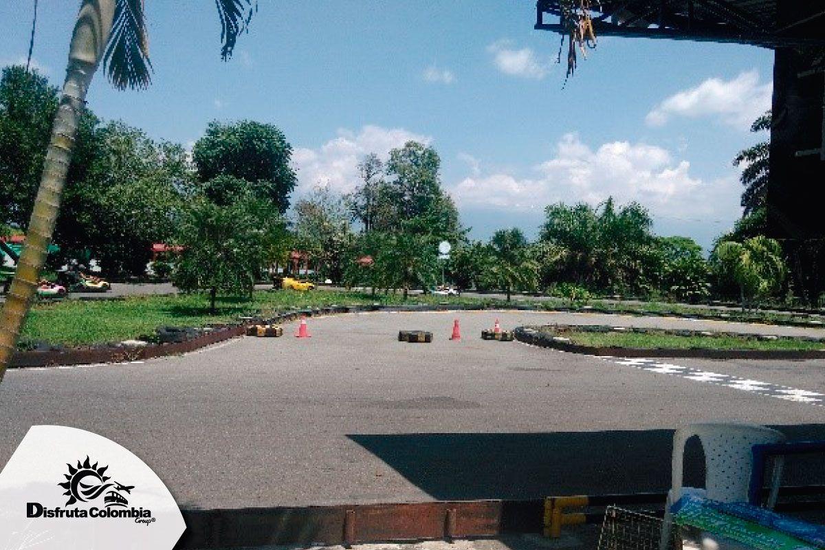 Vamos pal #ejecafetero Aprovecha las tarifas que ofrece #disfrutacolombia pa' que compartas de los mejores espacios #empacatumaleta