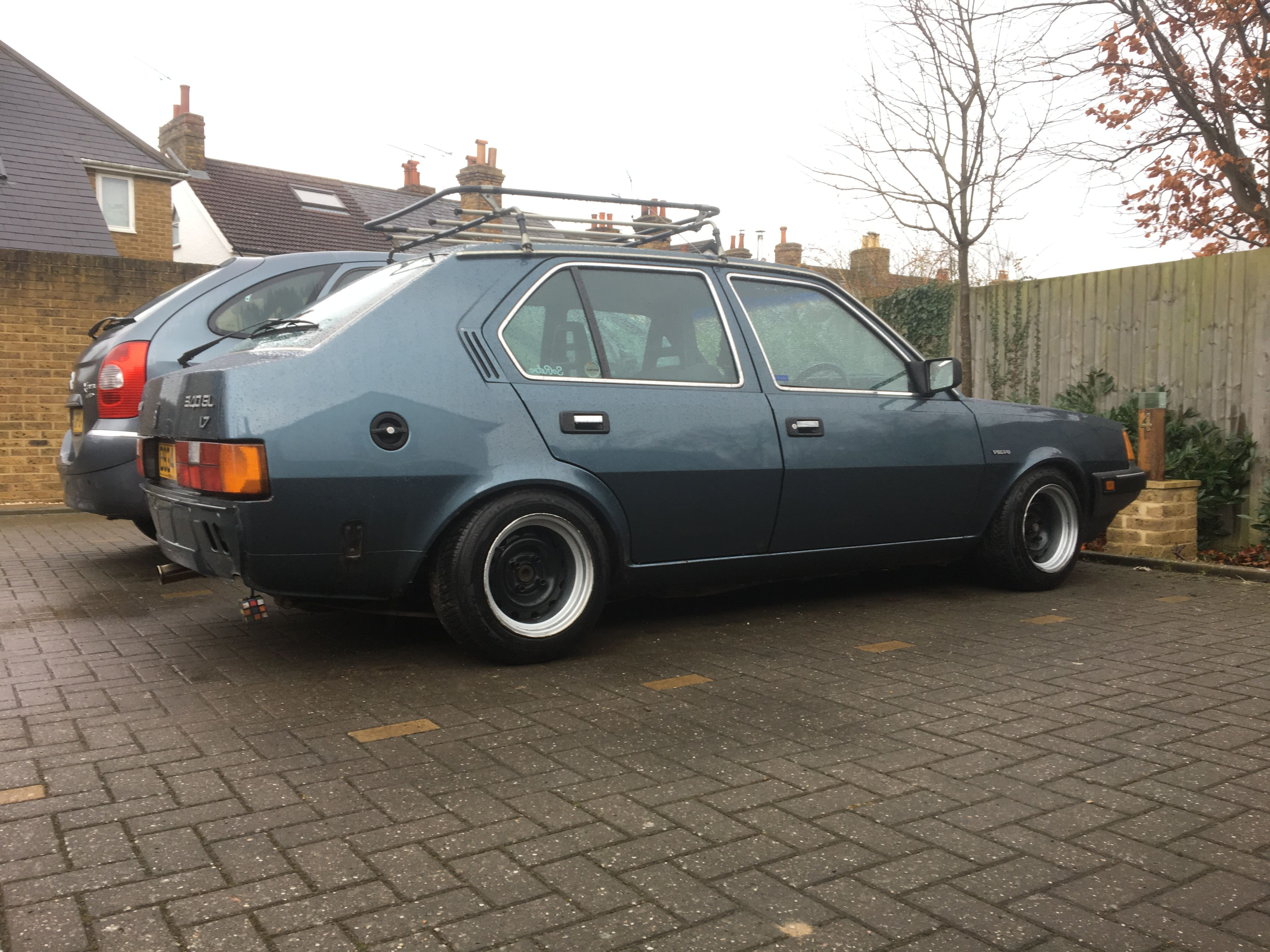 Volvo 340 on Banded Steels