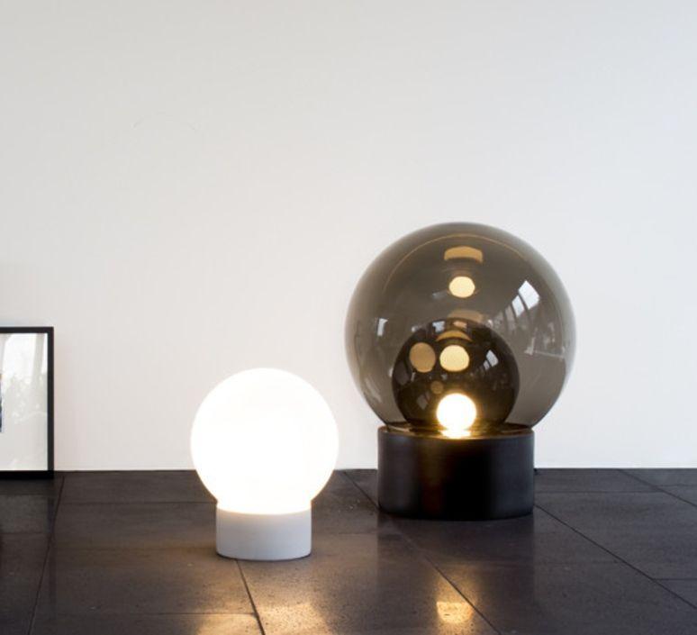 Incroyable Belle Lampe De Salon #8: Belle Lampe De Sol En Verre Soufflé à La Bouche Aux Formes épurées Et Au  Design
