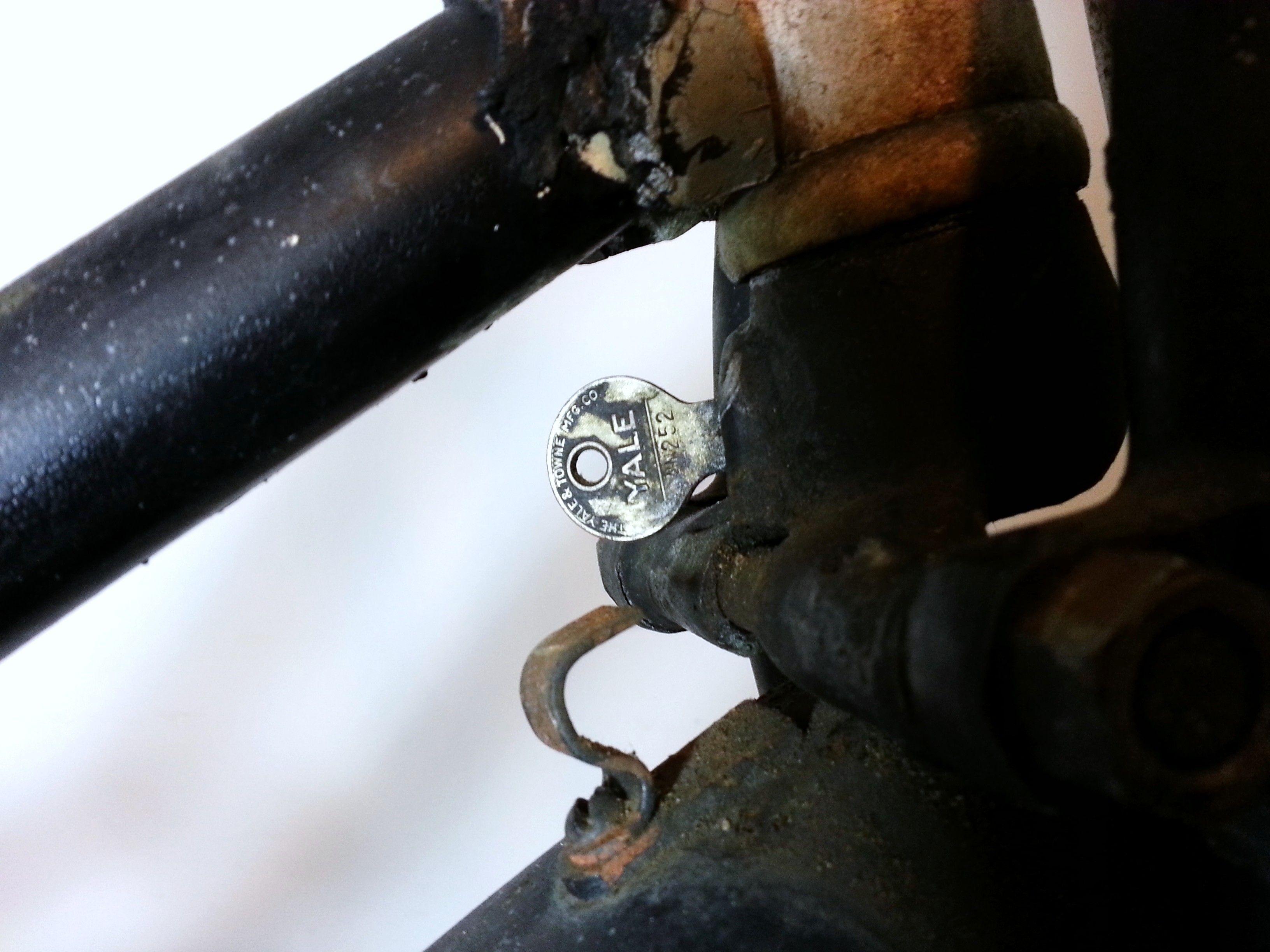Lock And Key Of A Pre War Schwinn Lock And Key Schwinn Cannon