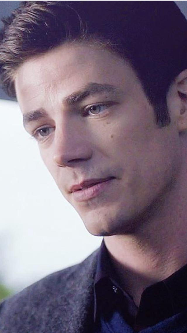 Pin By Autumn On Grant Gustin Grant Gustin The Flash Grant Gustin Gustin