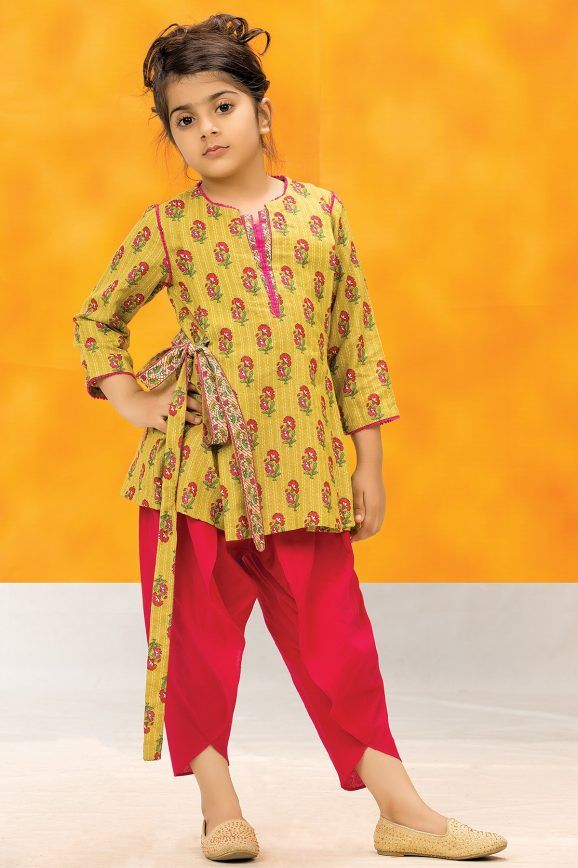 a371fad361a Kayseria Best Winter Dresses Collection 2018-19 for Women & Little Girls |  Lil girl fashion | Dresses kids girl, Kids frocks, Kids frocks design