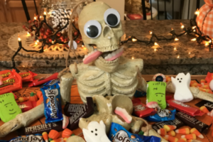 Halloween Charcuterie Board #charcuterieboard