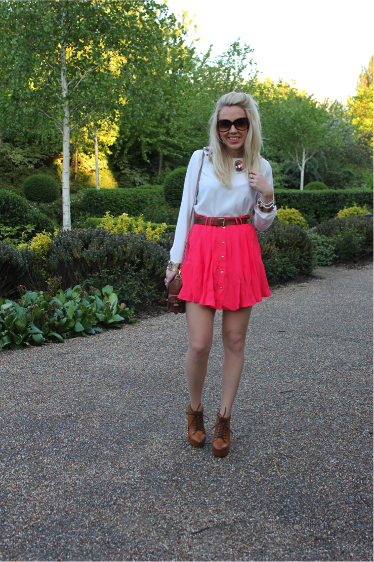 coral skirt on mediamarmalade.com