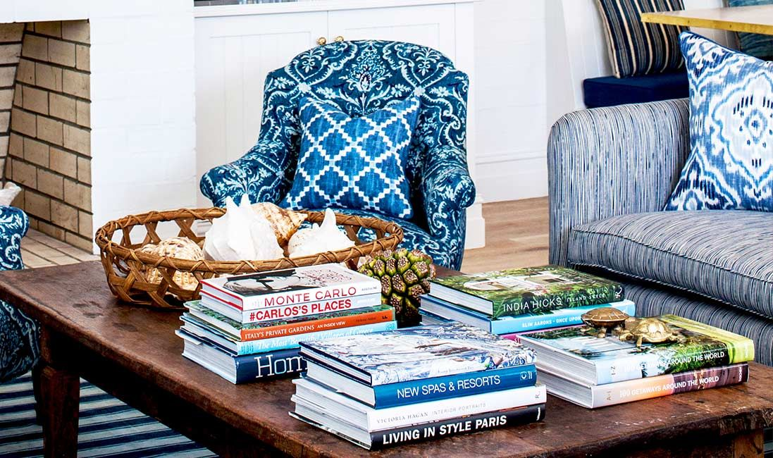 Blue white textiles at the chic