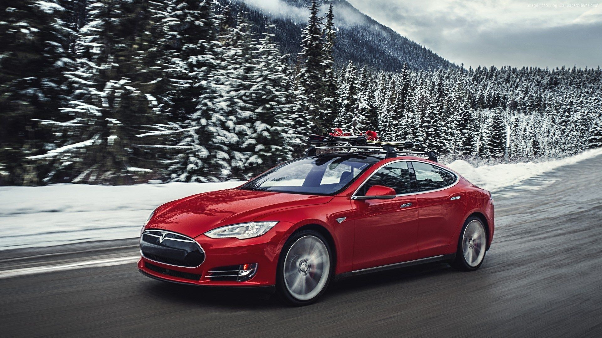 Tesla Model S P85d Wallpaper