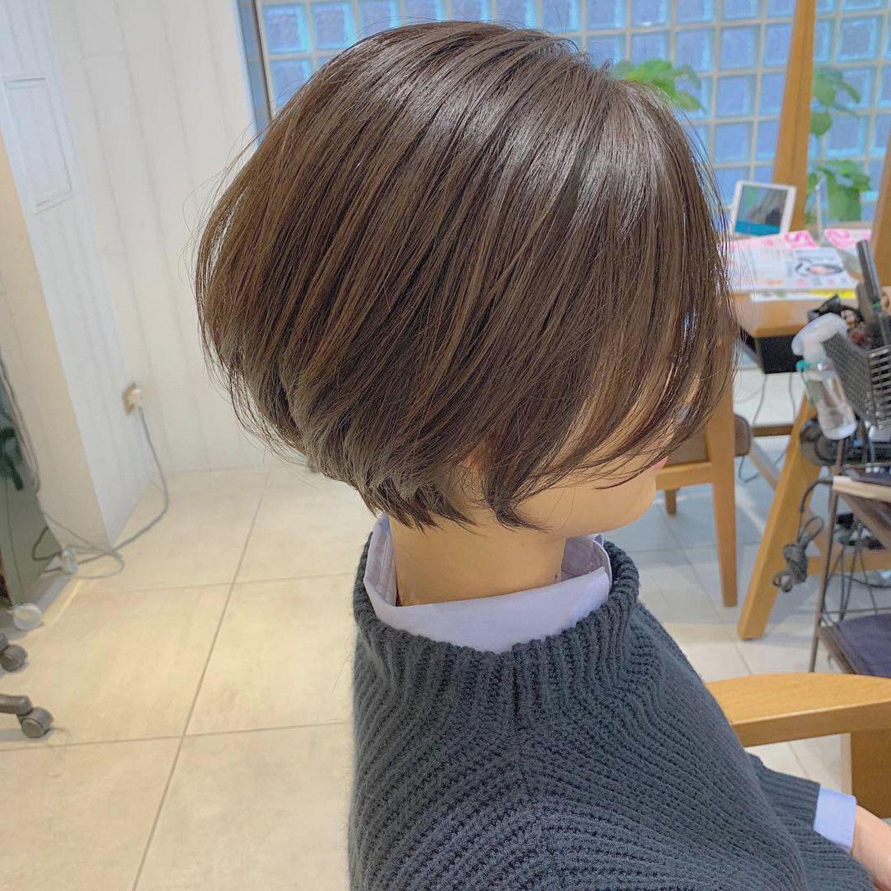 お客様バッサリカット 丸みショートグラデーションボブ よくゆわれるのが くせ毛だから 毛量が多いからショートは難しいですかね どんな方でもショートヘアにしてきたので全然大丈夫です 笑 挑戦してみてください ご覧頂き