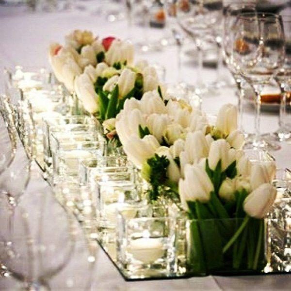 tischdeko mit tulpen festliche tischdeko ideen mit fr hligsblumen konfirmation pinterest. Black Bedroom Furniture Sets. Home Design Ideas