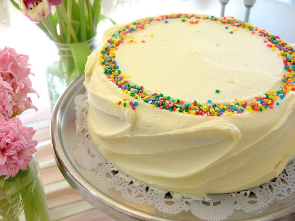 (22) Side Swipe with Confetti Sprinkles - Magnolia Bakery ...