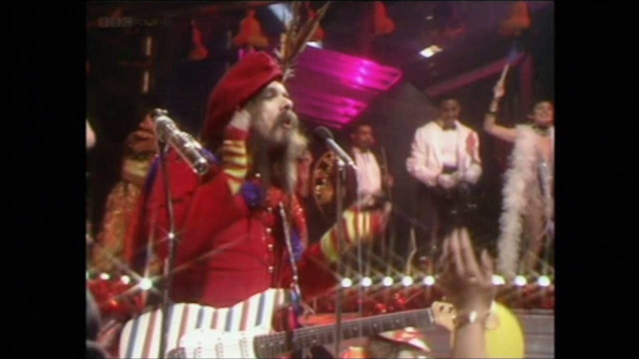 Wizard I Wish It Could Be Christmas Everyday Top Of The Pops 1981 Wizard Christmas Fun Slide