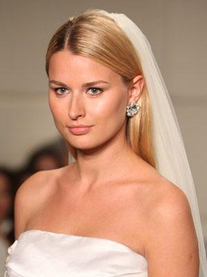 Straight Hair Veil Hair And Makeup Ideas For Wedding - Wedding hairstyle straight