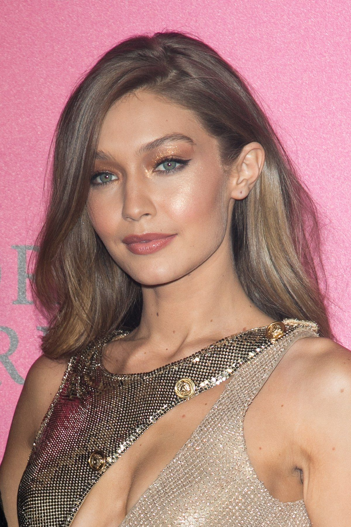 See Gigi Hadid's Best Beauty Looks of All Time