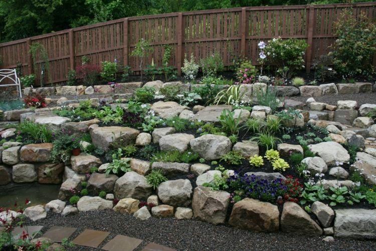 Steingarten gestalten - Zwischen den Steinen ist Platz für ...