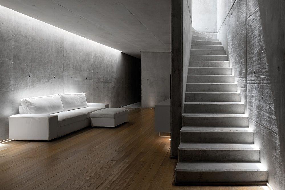 puristisches leben dielenboden aus holz und w nde aus beton beton pinterest dielenboden. Black Bedroom Furniture Sets. Home Design Ideas