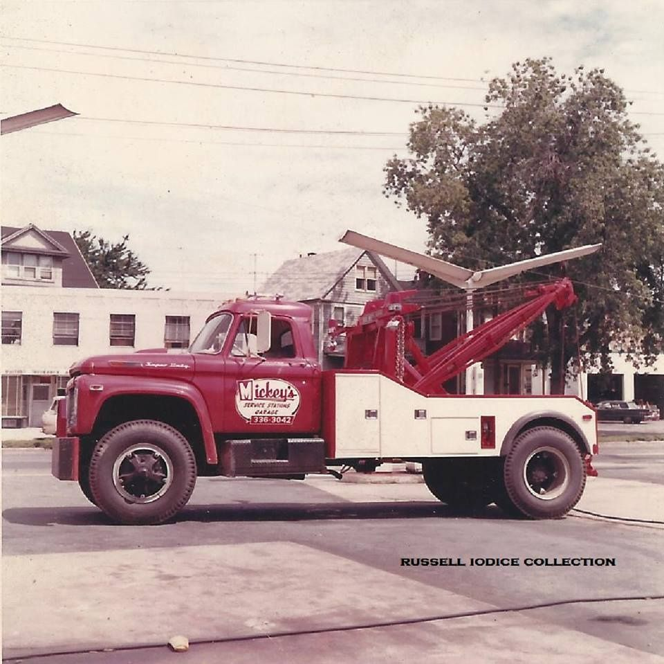 1969 FORD F 850 HOLMES 600 WRECKER