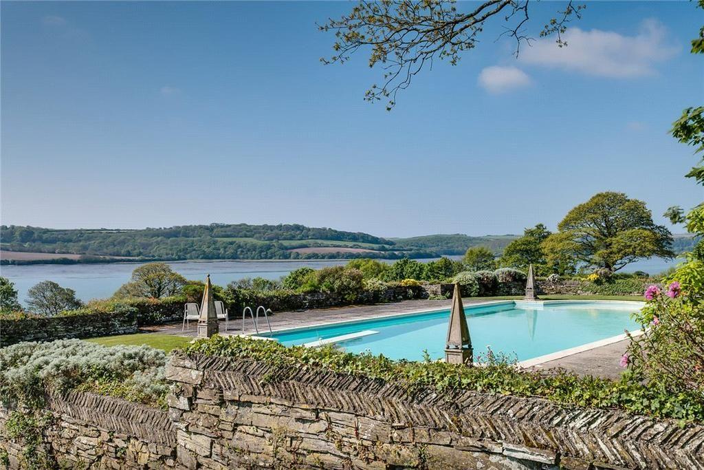 Saltash, Cornwall, PL12 13 bed farm house for sale £