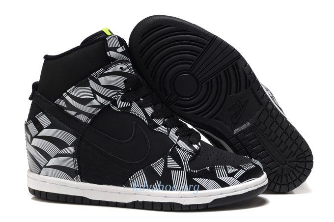 buy popular d599a 7ee42 Womens Nike Dunks Sky High Liberty Black For Sale