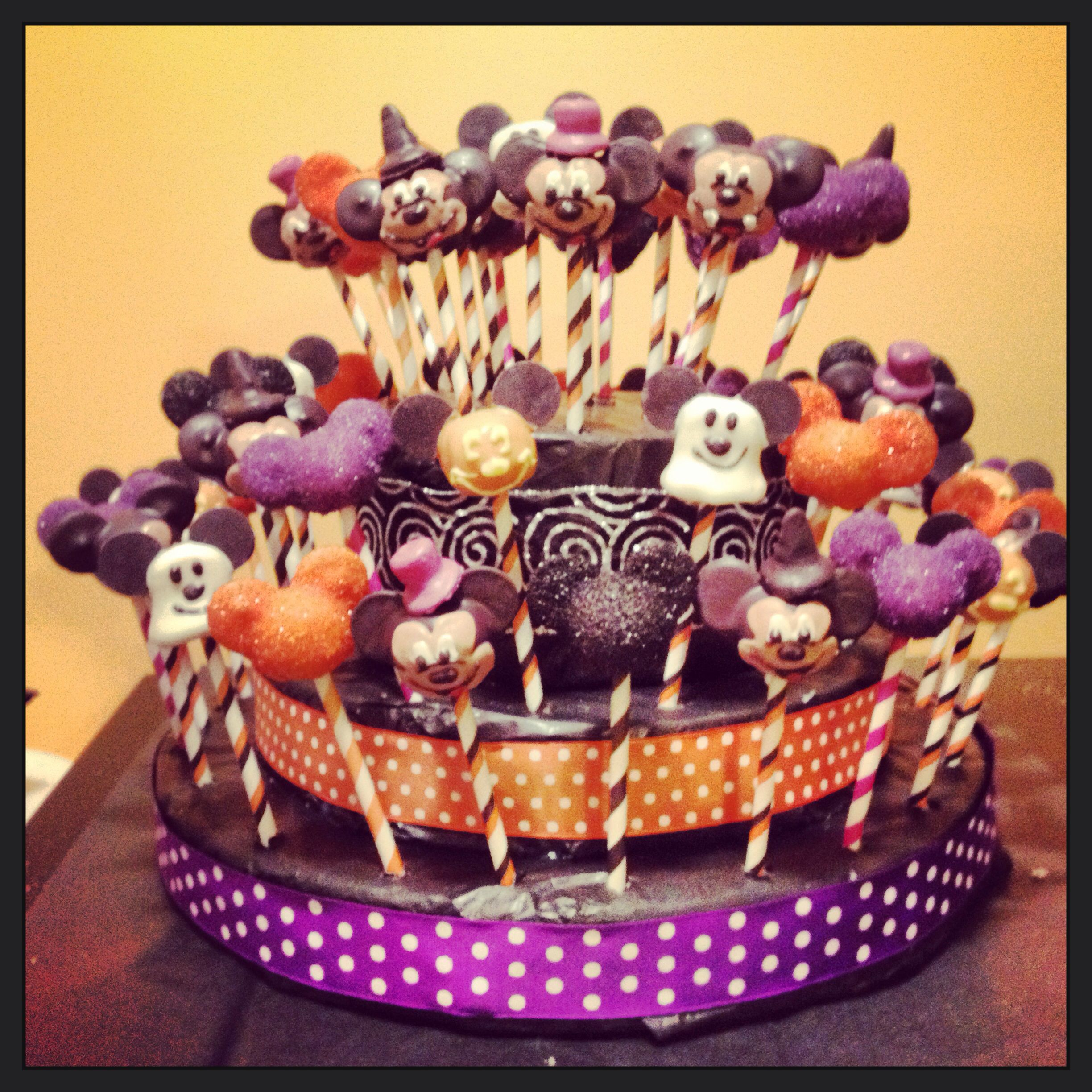 Halloween Mickey Mouse cake pops