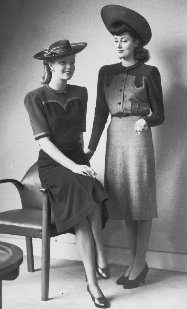 Fashion 1940s Two Female Models Flirty 40s Style Evening: Pin By 1930s/1940s Women's Fashion On 1940s Dresses (With