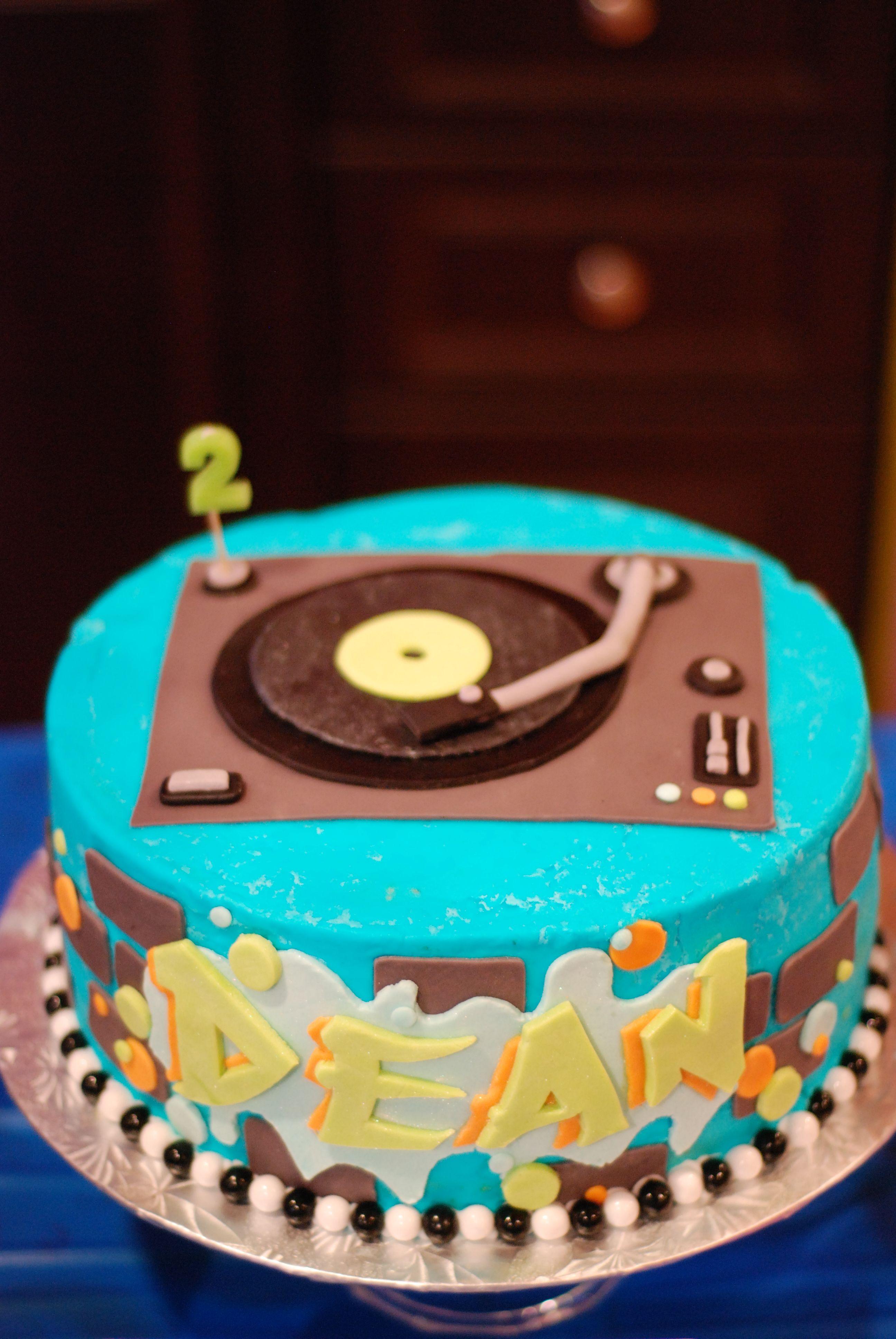 Cake For A Hip Hop Themed Birthday Hip Hop Pinterest Hip Hop