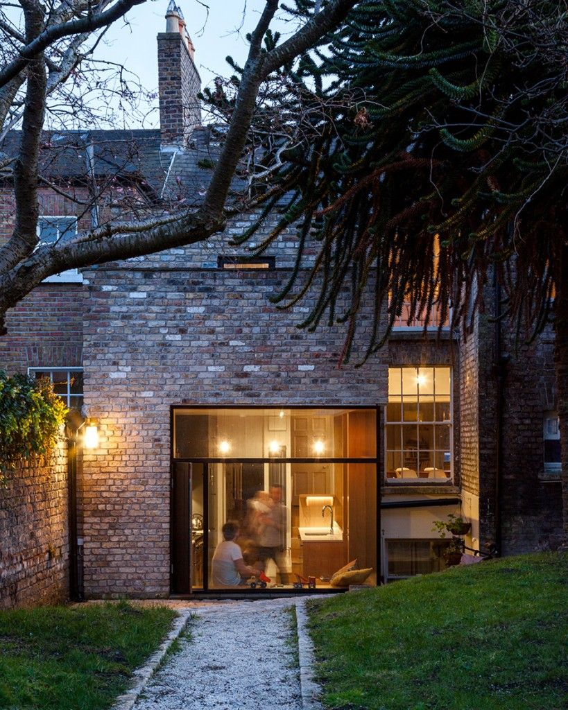 Brick House Addition In Dublin: NOJI Architects Extend Dublin House With Reclaimed Bricks